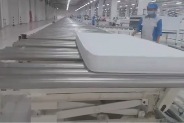 Dự án băng tải con lăn trong nhà máy sản xuất chăn ga gối đệm