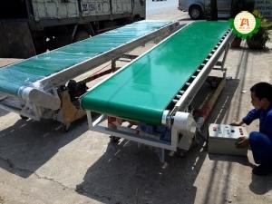 Băng tải PVC nâng hạ